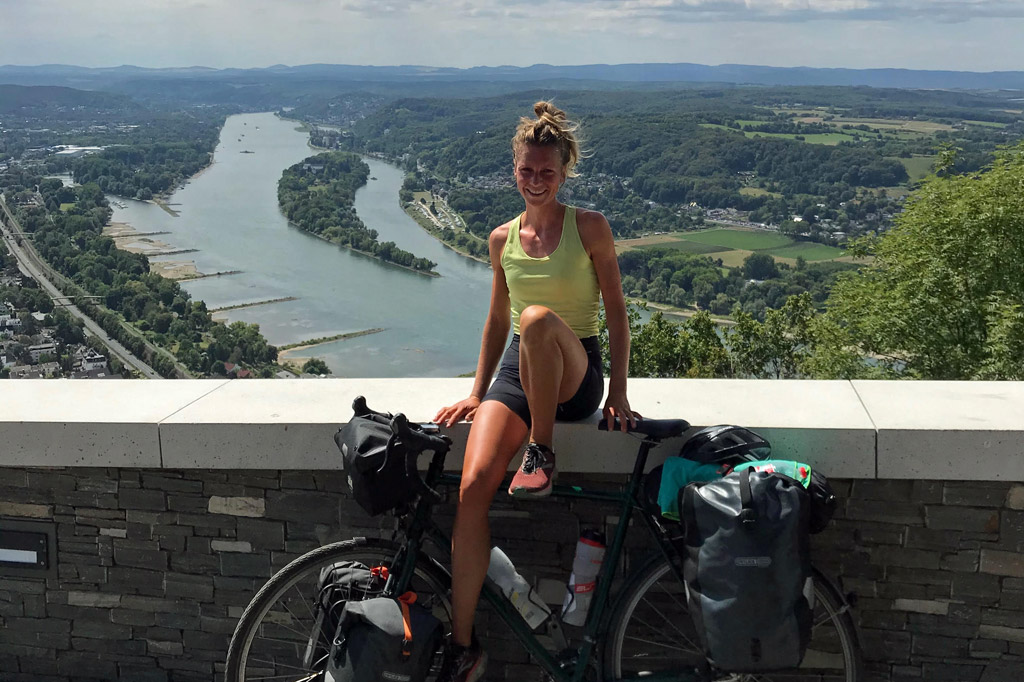 Radtour für den guten Zweck: Maria Kilian auf dem Drachenfels