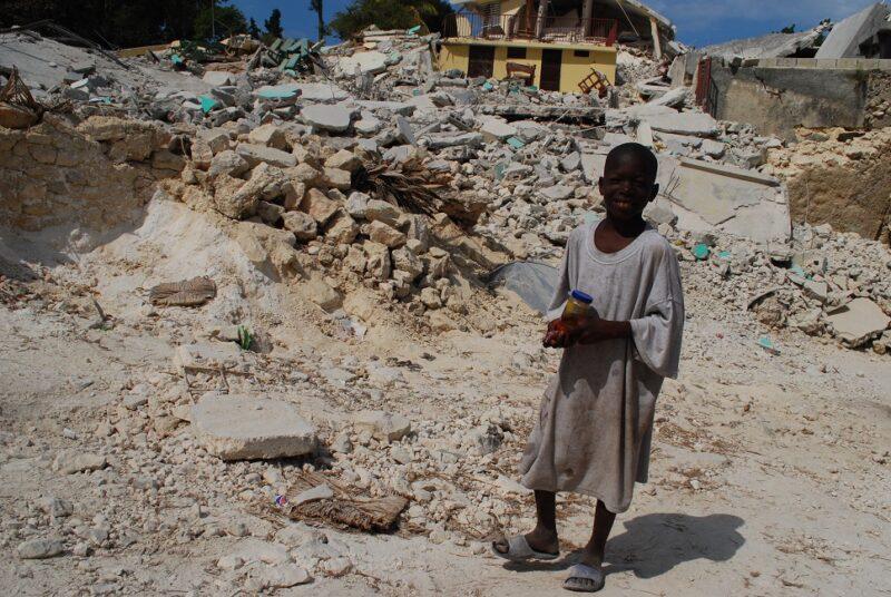 Noch heute sind die Menschen Haitis vom Erdbeben 2010 gezeichnet. (Foto: Kindernothilfe)